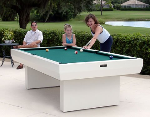 Attirant Gameroom Concepts 1000 Series H2O All Weather Outdoor 8 Foot Pool Table